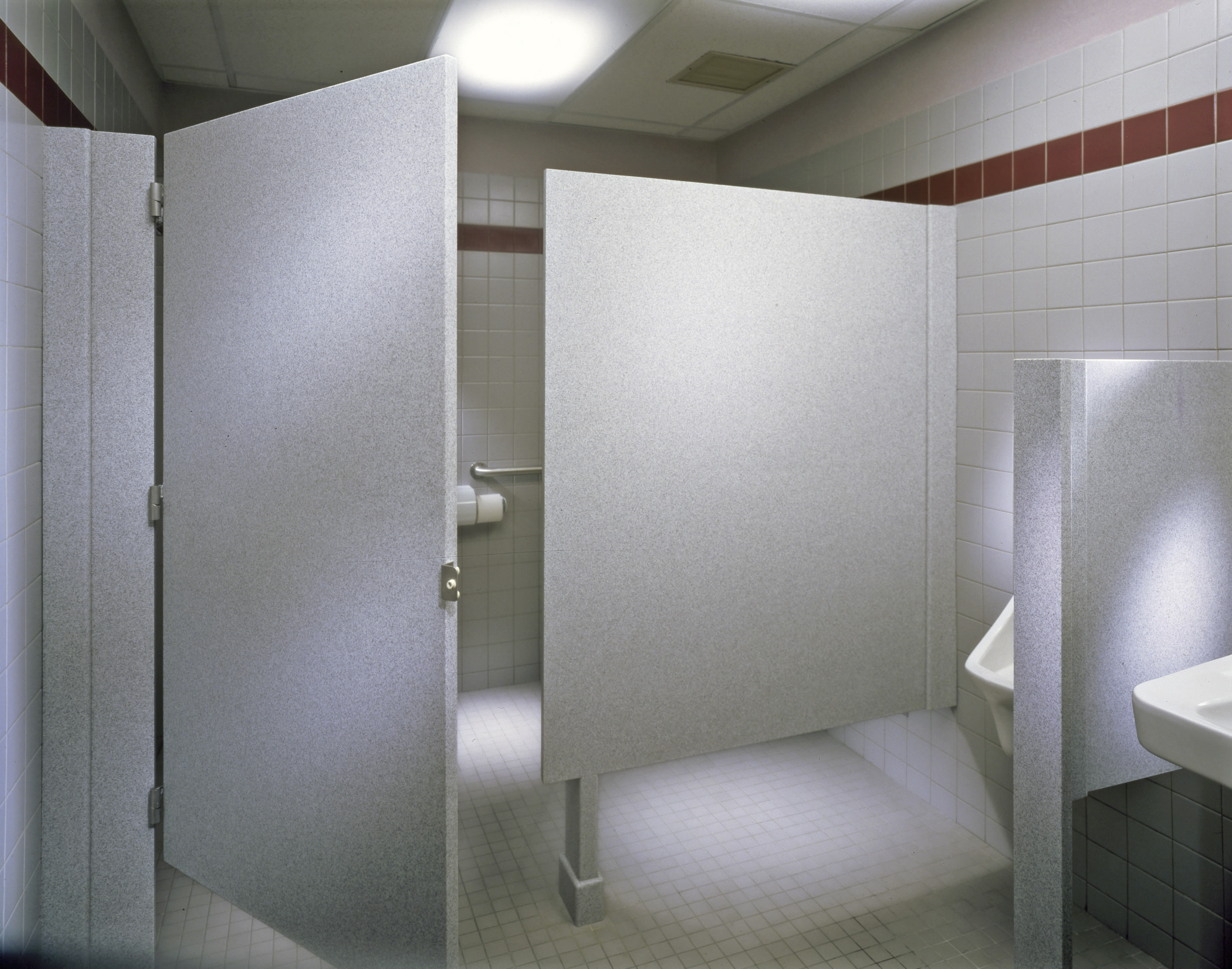ShowerShapes Bathrooms DividersStalls GW Surfaces - Commercial bathroom stall dividers